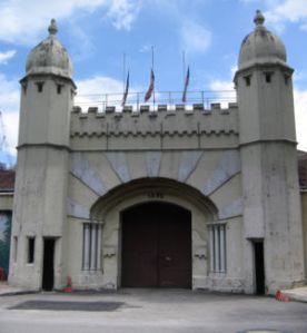 Pintu Depan Penjara Pudu